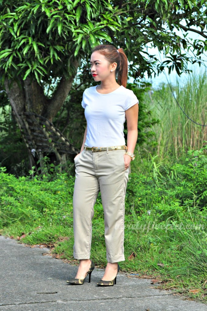 white shirt camouflage pumps gold belt