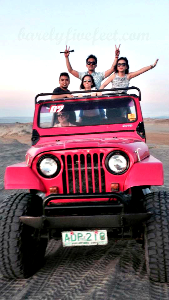 aboard our hot pink 4x4 at the sand dunes in Paoay, Ilocos Norte